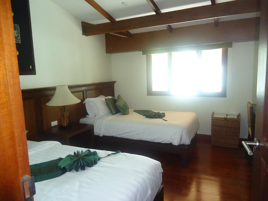 The Village Coconut Island Beach Resort:                   ROOM