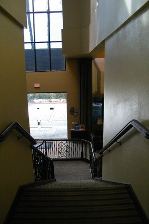 Best Western Plus Meridian Inn & Suites, Anaheim-Orange: lobby
