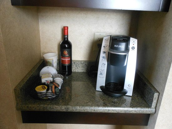 Hotel Julien Dubuque:                   coffee service area - removed two cups and two wine glasses- I had to put ever