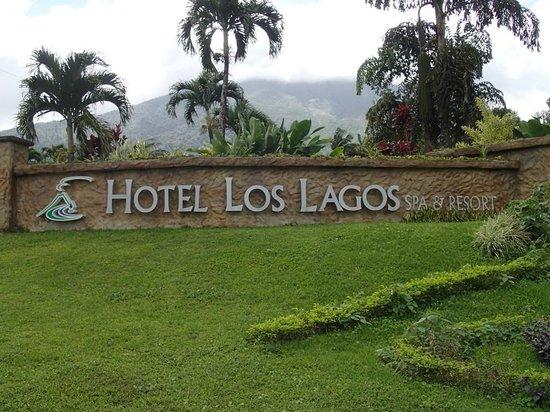 Los Lagos Hotel Spa & Resort:                   front enterance