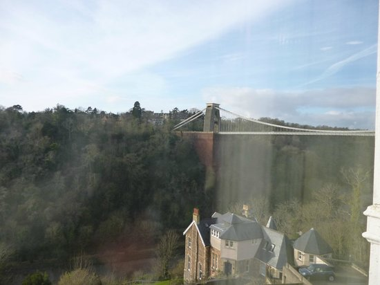 Avon Gorge Hotel:                   view from 2nd floor room