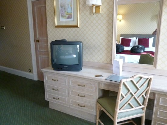 Avon Gorge Hotel:                   room
