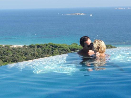 Residence Belvedere de Palombaggia : Romantic pool