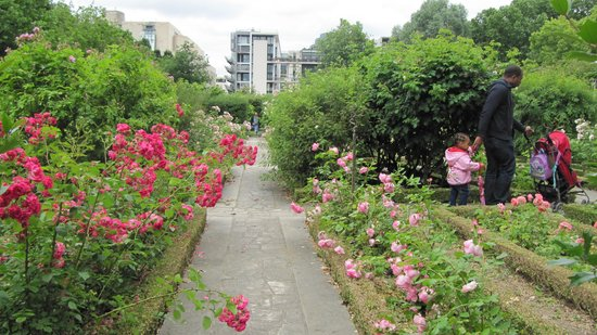Ibis Styles Paris Bercy:                   Parks
