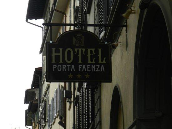 Porta Faenza:                   All'Esterno