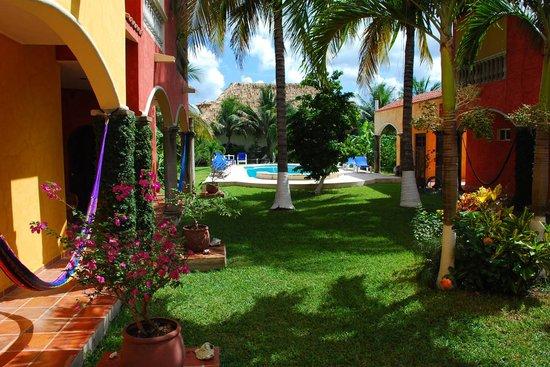 Casa Colonial: Lush Tropical Garden