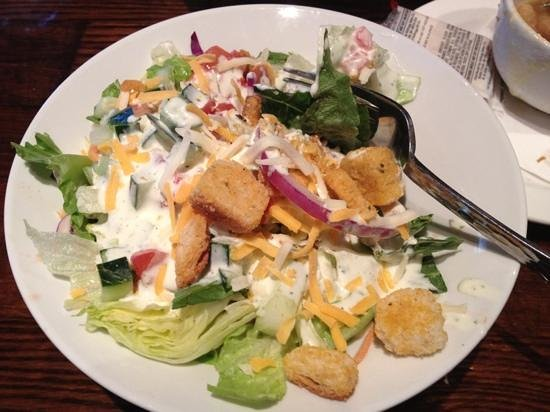 LongHorn Steakhouse: my salad