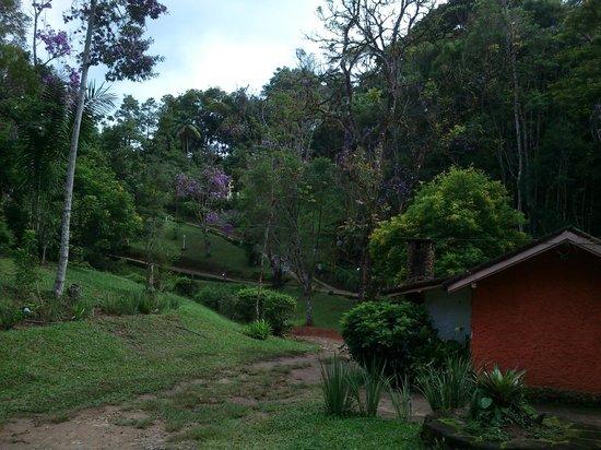 Pousada Terra do Amor :                   Estado do cuidado da entrada ao chalé
