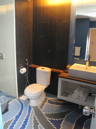 Batik Boutique Hotel : Bathroom  of Courtyard Suite - King