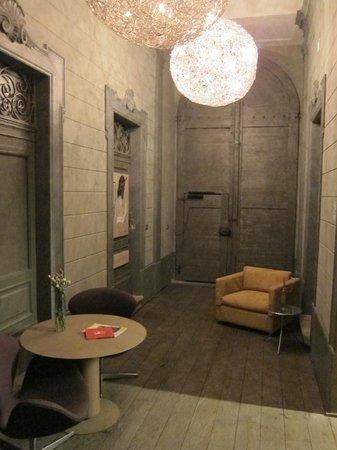 Palazzo Segreti: Pequeño hall