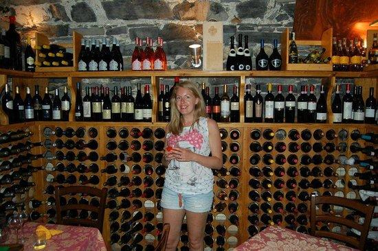 Enoteca Cava Turacciolo :                   lovely wine