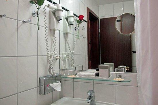 Günnewig Hotel Uebachs: Günnewig - Einzelzimmer im 5. Stock