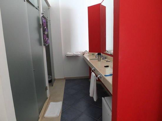 Decameron Baru: Salle de bain