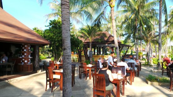 Coco Palm Beach Resort: petit dej