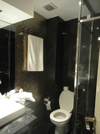Le Trianon Luxury Hotel & Spa : Bathroom