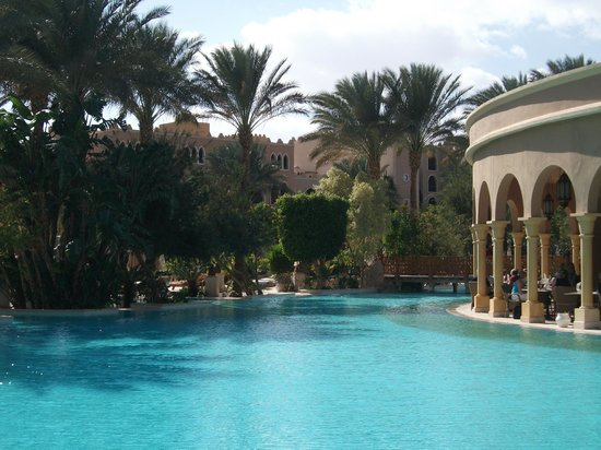 The Makadi Palace Hotel:                   Pool and Dome restaurant