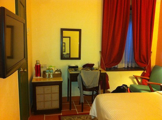 Yeng Keng Hotel: view from the door