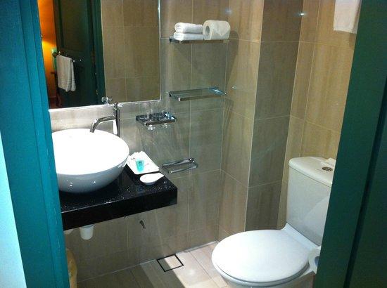 Yeng Keng Hotel: bathroom