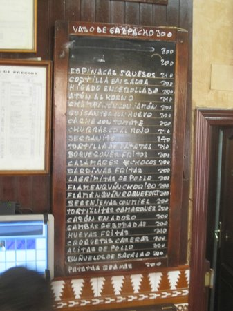 Bodega Santa Cruz: The Menu Board