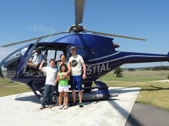 Canyon Lake Helicopters : Happy Flyers