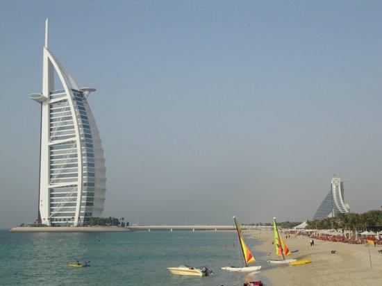 Jumeirah Al Qasr at Madinat Jumeirah:                   Beach