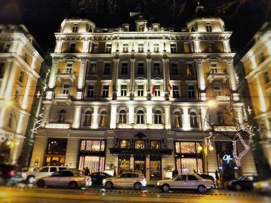 Corinthia Hotel Budapest:                   Hotel facade