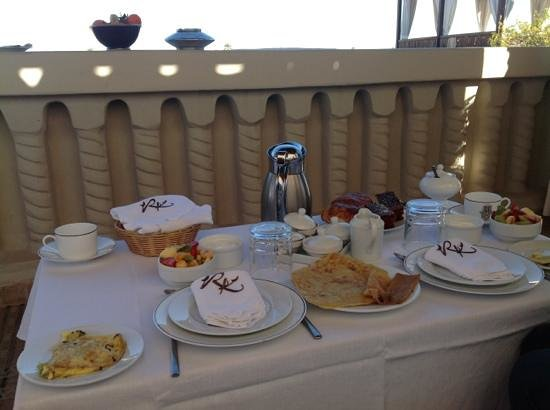 Riad Kheirredine:                   Breakfast.. Lovely.. and, overlooking the snowcapped Atlas Mountains.