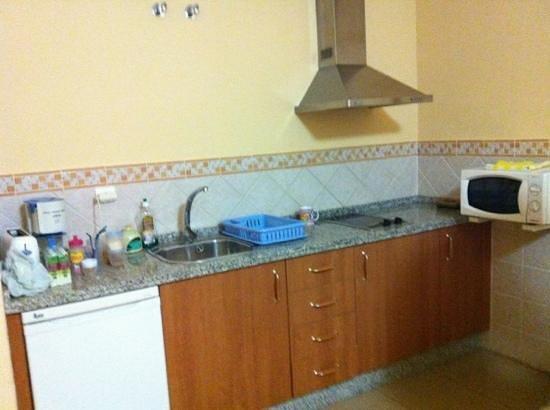 Apartamentos Maria Del Carmen:                   cocina