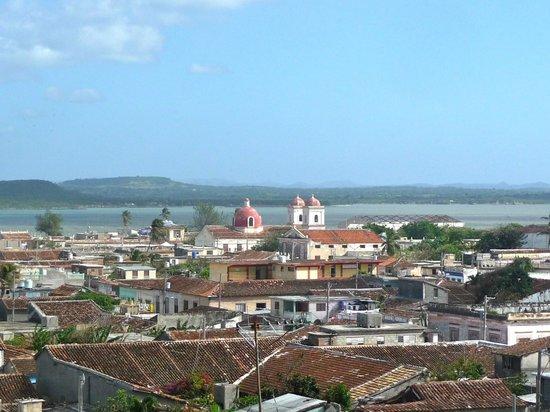 Islazul Villa Don Lino:                   Gibara 2013