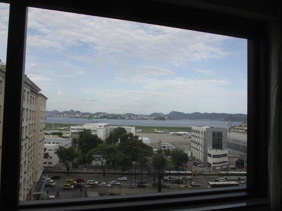Novotel RJ Santos Dumont:                   Santos Dumont e mais ao fundo Niterói