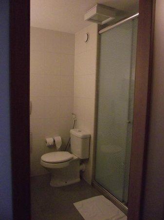 Hotel Novotel Rio De Janeiro Santos Dumont:                   Banheiro impecável