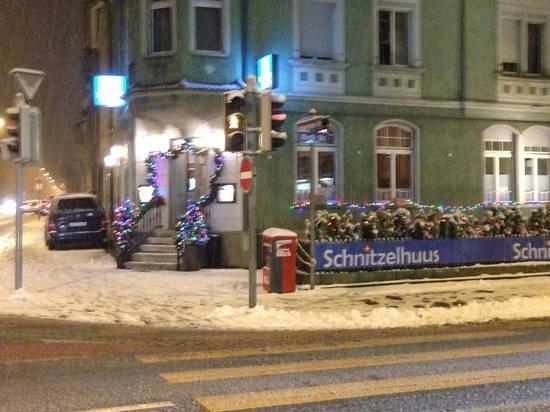 Restaurant Schnitzelhuus:                                     Eingang