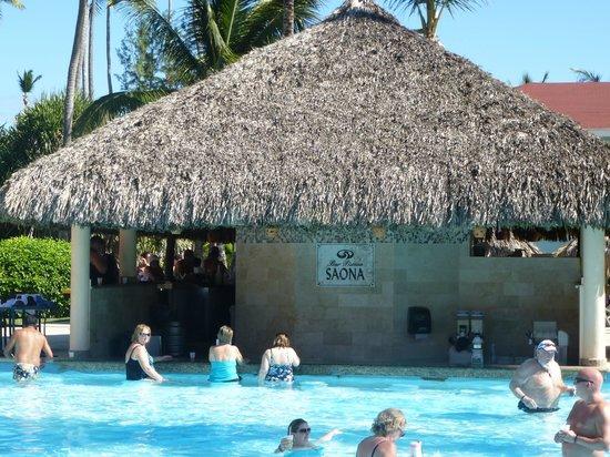 Grand Palladium Punta Cana Resort & Spa:                   swim up bar by beach