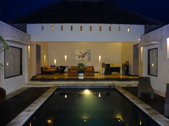 The Seminyak Suite Private Villa:                   pretty as a postcard