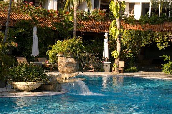 Hotel Santika Kuta Bali:                   Premier Pool area