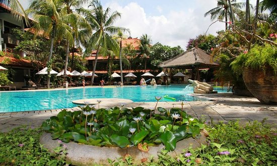 Hotel Santika Kuta Bali:                   Premier Pool area with swim up bar