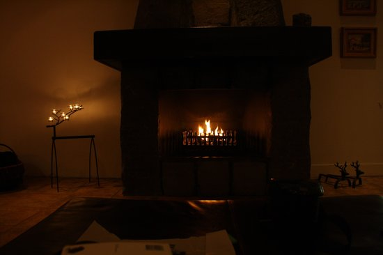 Northern Light Inn:                   Cosy fire