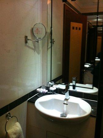 โรงแรมเกรซ ฮอลบอร์น: Bathroom