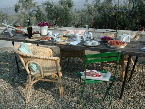Casa Bartolini:                   in the garden with a view