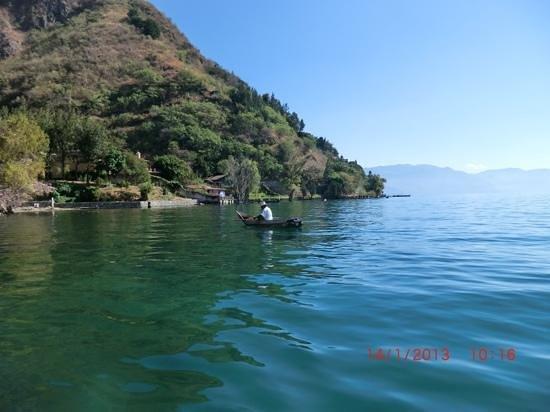 Vulcano Lodge:                   Ved brygga i Jaibalito