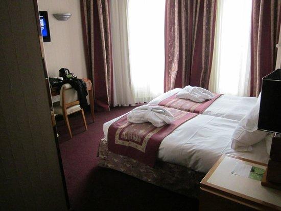 Hotel Les Jardins du Marais:                   Room