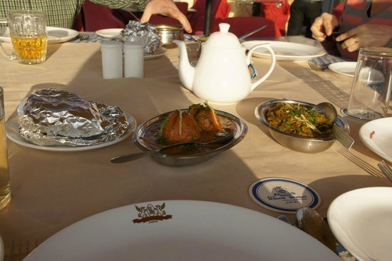 Umaid Mahal:                                     Roof top restaurant dinner