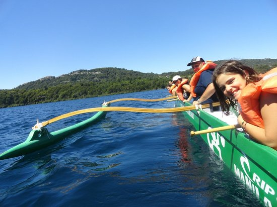 Canoas Hawaiianas de la Polinesia - Mauna Kea:                   remando