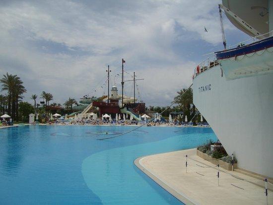 Titanic Beach Lara Hotel:                   Hotel