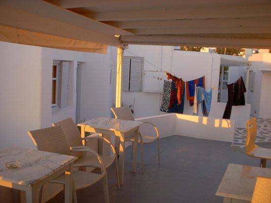 Milena Hotel:                   spazioe esterno per le camere