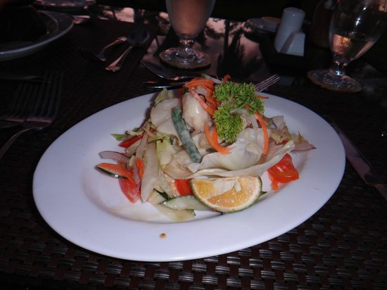 Lomani Island Resort:                   Another yummy dinner