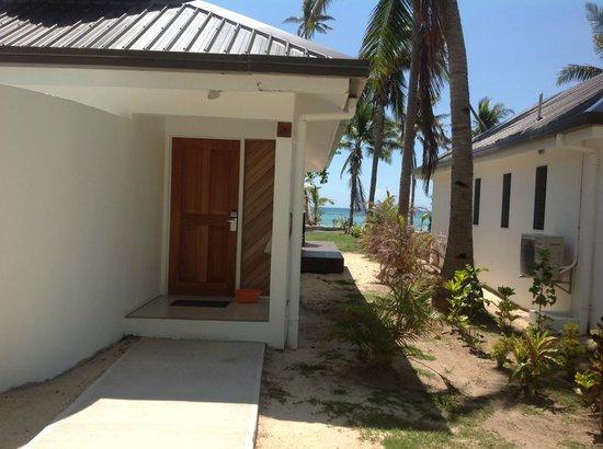 Lomani Island Resort:                   Front entrance to the buree