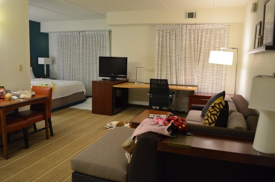 Residence Inn by Marriott Asheville Biltmore: The main area