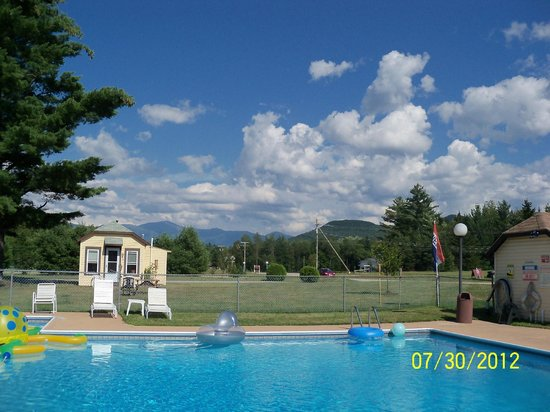 Twin Mountain Motor Court & RV Park:                   gorgeous views