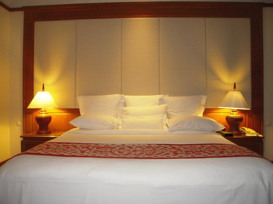 JW Marriott Phuket Resort & Spa: Lovely beds